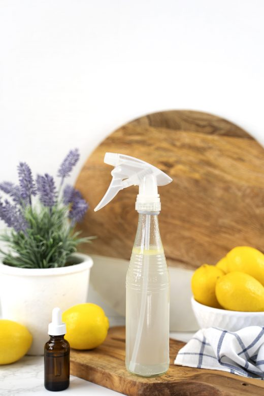 Glass cleaning spray with lemons and lavender