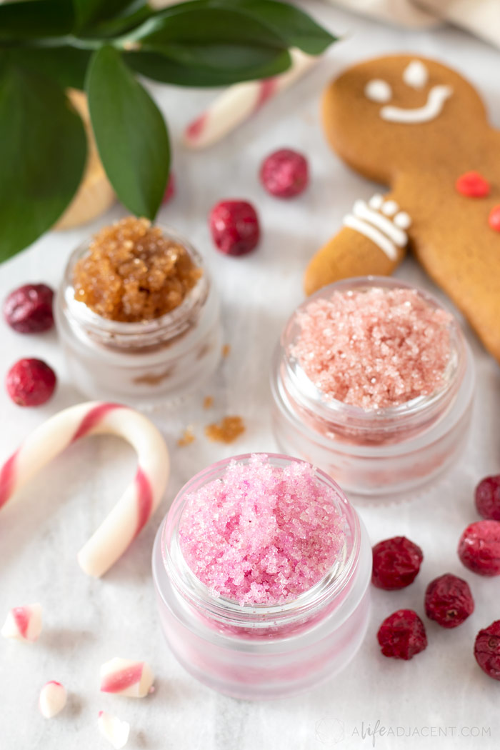 DIY holiday lip scrubs with sugar and coconut oil