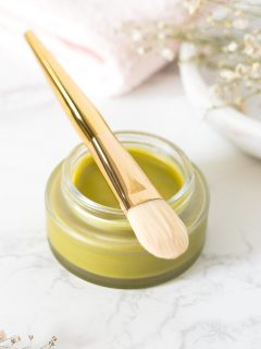 Homemade overnight face mask with green tea