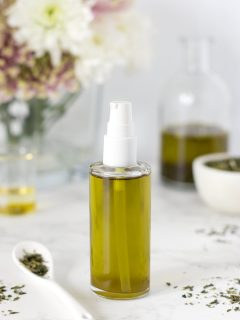 DIY oil cleanser with green tea